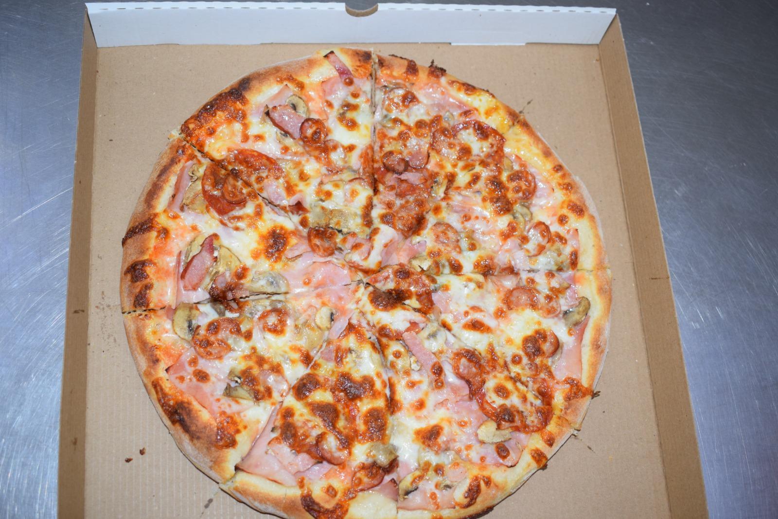 Pizza Carnivora